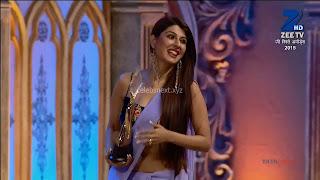 Sha Ajmani aka Garima AjmaniZee Rishtey Awards 7 .xyz.jpg