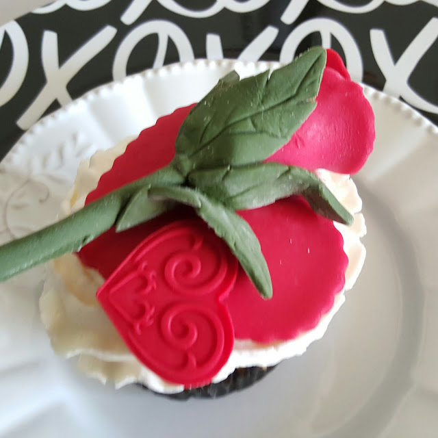 flower cupcake,valentine's day, table setting, tabletop, eventsojudith