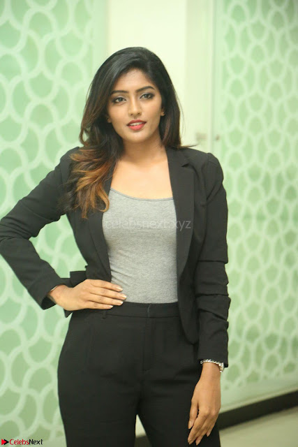 Actress Eesha Looks gorgeous in Blazer and T Shirt at Ami Tumi success meet ~  Exclusive 001.JPG