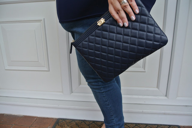 Chanel Clutch Navy Gold