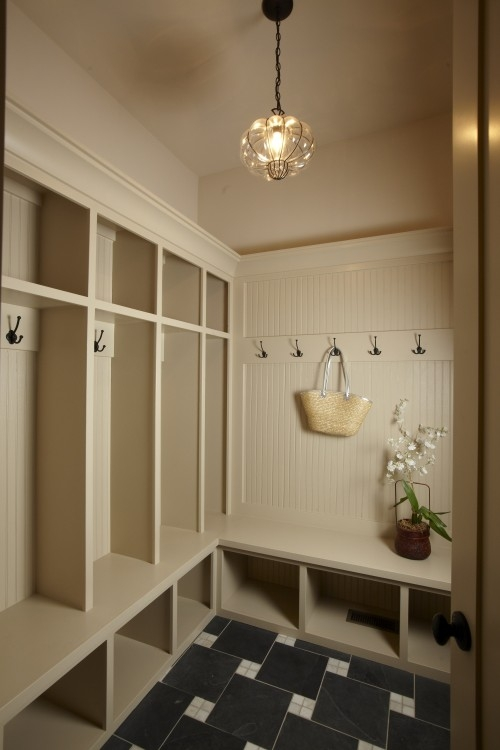 Small Mud Room Lockers