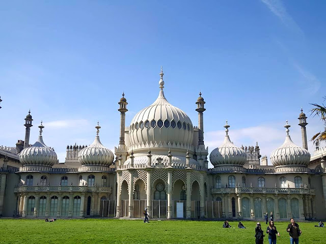 Brighton Pavilion blue skies in summer