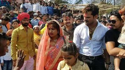 Khesari Lal Yadav family and Son photos