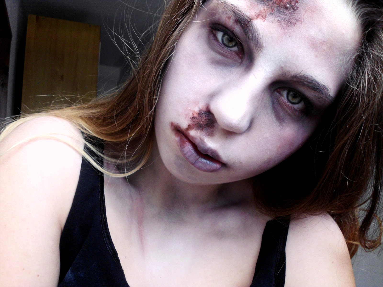 Vintage Birdy.: Make Up | ZOMBIE GIRL Halloween Tutorial