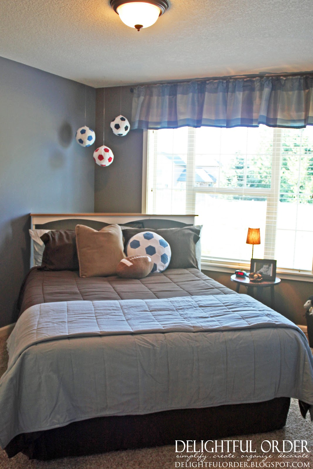 Delightful Order: Boy's Sports Room Decor