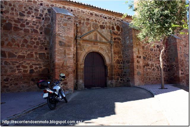Portada iglesia de Tirteafuera