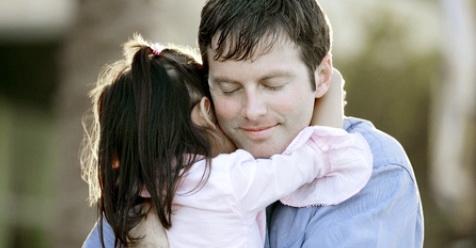 Pelukan untuk Anak, Sunnah Rasulullah yang Sangat Luar Biasa Khasiatnya