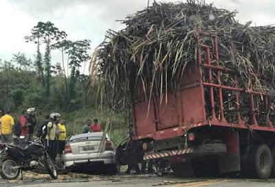 Timbaúba: Acidente na BR 408 deixa uma pessoas mortas e duas ferida