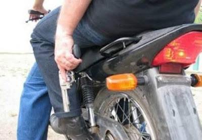 Urgente: Assaltantes tomam moto de jovem próximo a Churrascaria do Gaúcho em Anapurus.