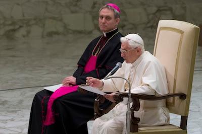 TradCatKnight: Archbishop Gänswein says loyalty to Pope ...