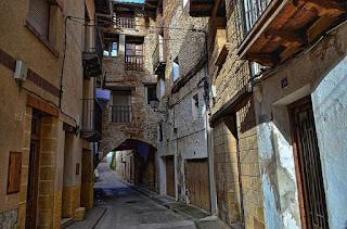 Calle Villanueva, portal, vírgen
