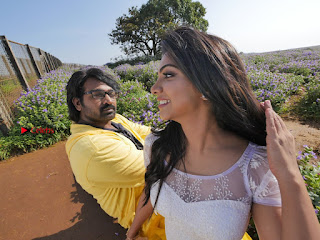 Vijay Sethupathi T Rajender Madonna Sebastian starring Kavan Movie Stills  0016.jpg