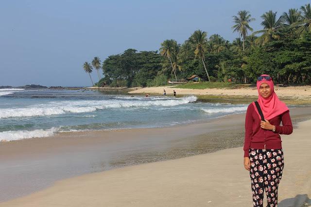 Pantai Sawarna, Si Cantik Tersembunyi Dari Banten