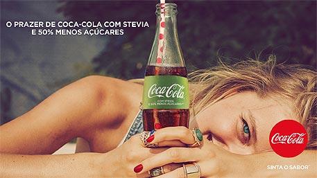 Coca-Cola versão com stevia e 50% menos açúcares