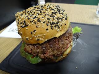 Burger gastronomique au Steak Point de Lafayette Gourmet.