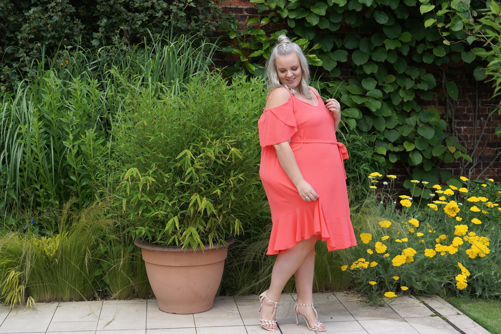A Summer Day Out At The Alnwick Garden In My Favourite Plus Size Summer Dress