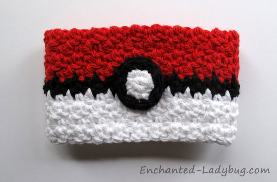 FREE Crochet Poké Ball Coffee Cup Cozy Pattern