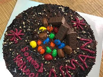Jadikan Kek Coklat Moist Sebagai Birthday Kek
