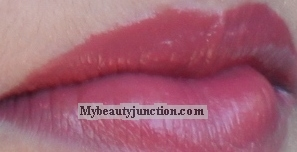 Benefit Hydra-Smooth Lip Color review, swatches of Talk Flirty