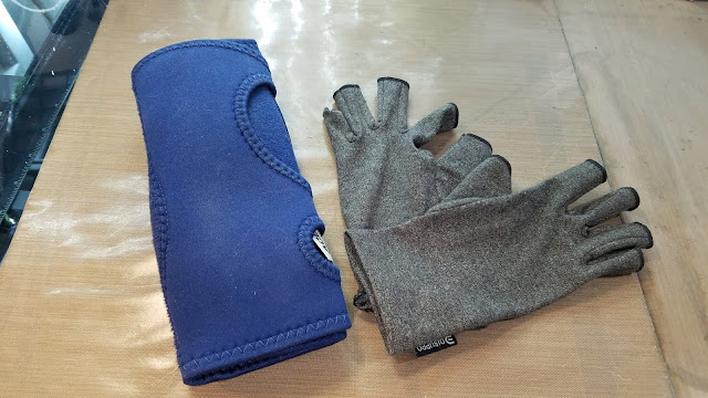 Ace Sleep Brace, Compression Gloves