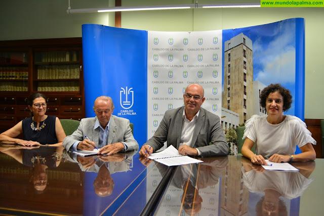 El Cabildo renueva su apoyo a la labor de la Asociación Española contra el Cáncer con los pacientes oncológicos de la isla