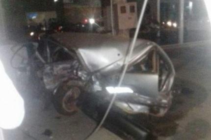Motorista perde controle da direção e capota camaro ao bater de frente com corsa em Porto Velho