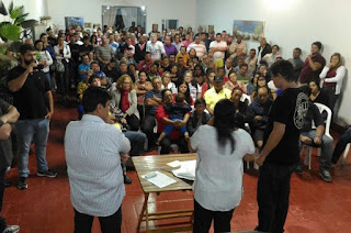 http://vnoticia.com.br/noticia/3474-grupo-de-whatsapp-sos-atafona-pode-virar-associacao