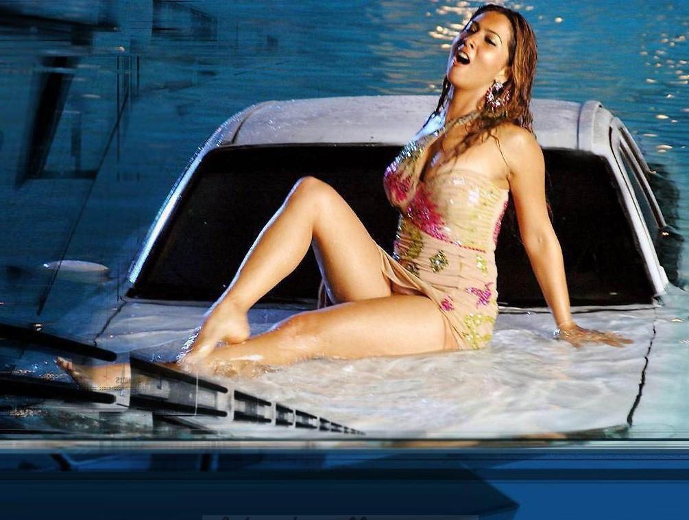 Kim sharma hot in bikini top sexy cleavage show
