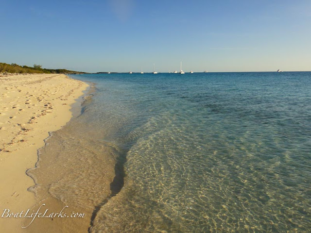 Highbourne Cay Beach, Exumas, Bahamas