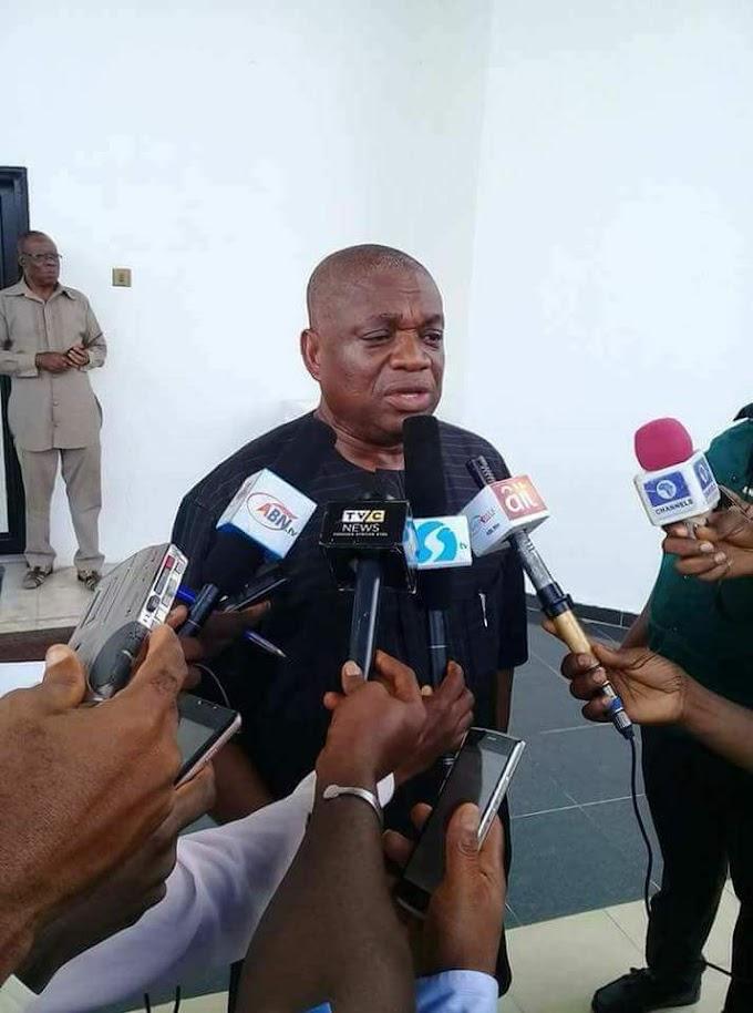 Orji Uzor Kalu should end his cowardly attacks against Governor Ikpeazu