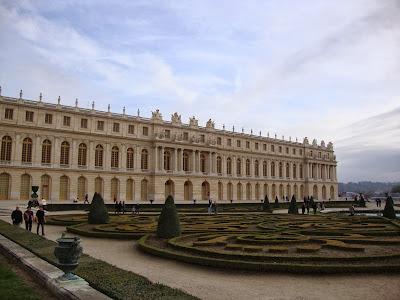 Palácio de Versalhes visto do Jardim - Paris - França - Luís XIV