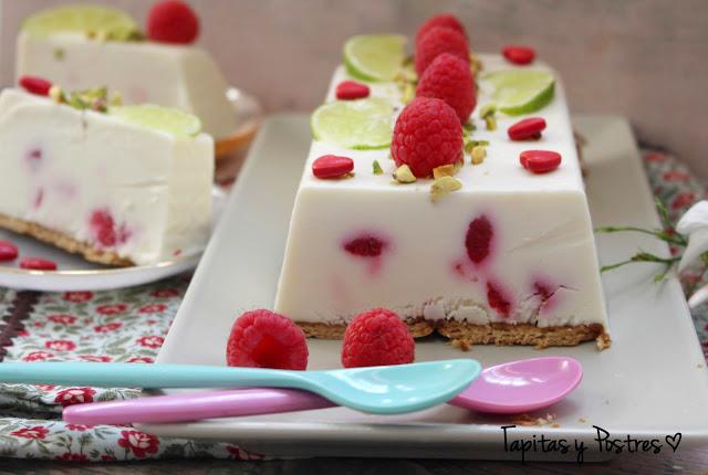 Tarta helada de lima y frambuesas