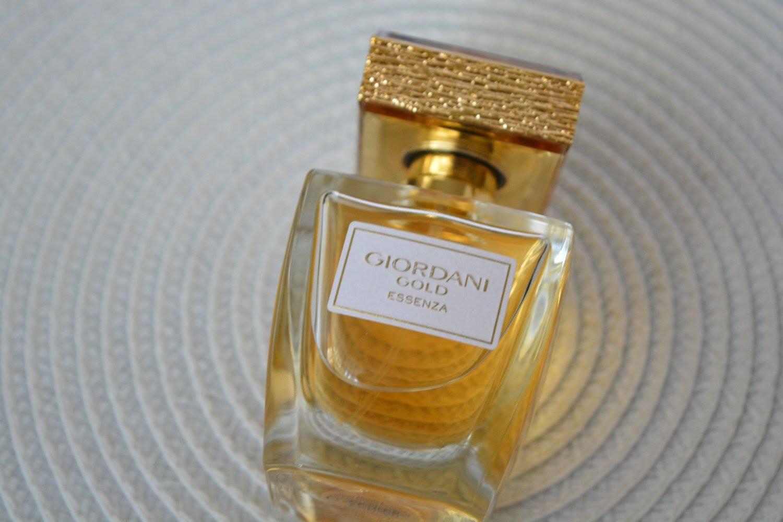 Parfum Giordani Gold Oriflame Pret Curatatorie Chimica