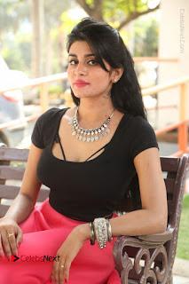 Telugu Actress Harini Stills at Dhyavudaa Movie Teaser Launch  0323.JPG