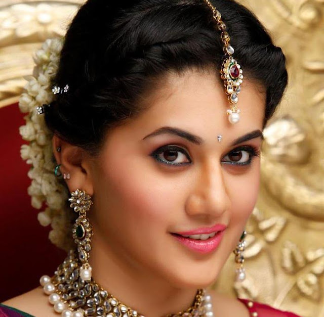 taapsee pannu actress images