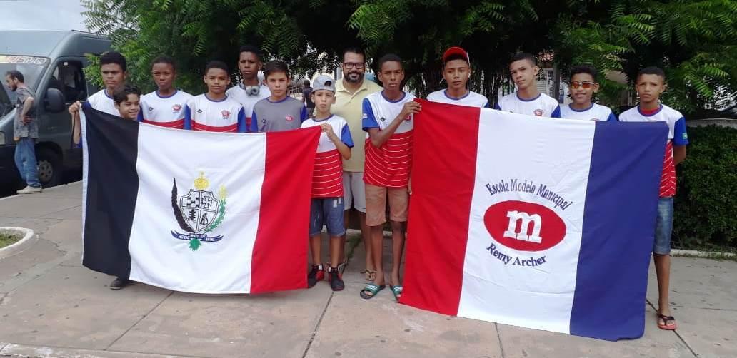 Sub 14 de futsal masculino da Escola Remy Archer viaja para disputar o  maranhense 9ac5707fd3588