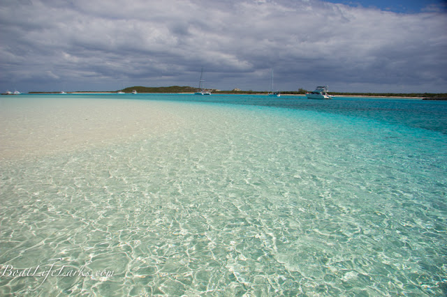 Cambridge Cay beach and moorings, Exuma Land and Sea Park