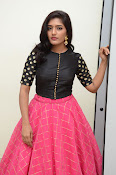 Eesha latest glamorous photos-thumbnail-18