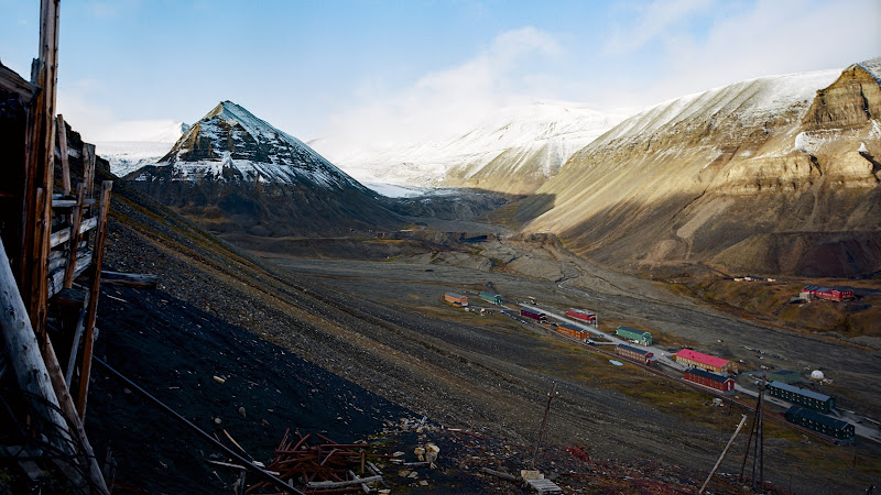 Mine 2B in Longyearbyen, Svalbard HD