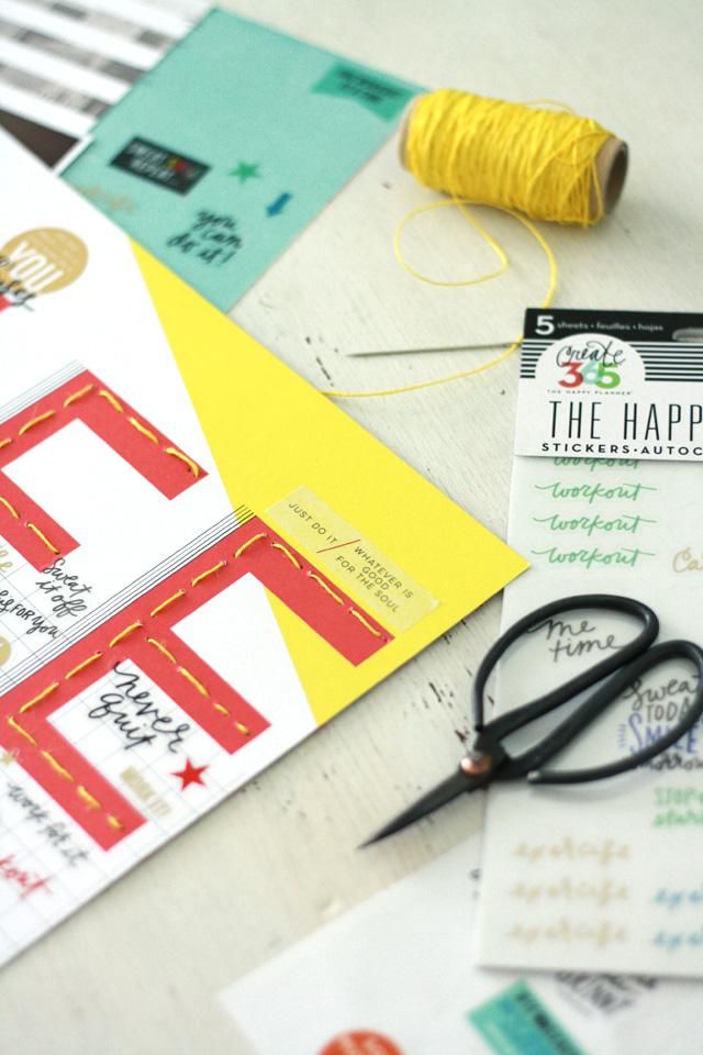 danipeuss.de Blog Hop mit den Juli-Kits | sportliche Scrapbooking Layouts mit vielen Stickern | Julia Klein
