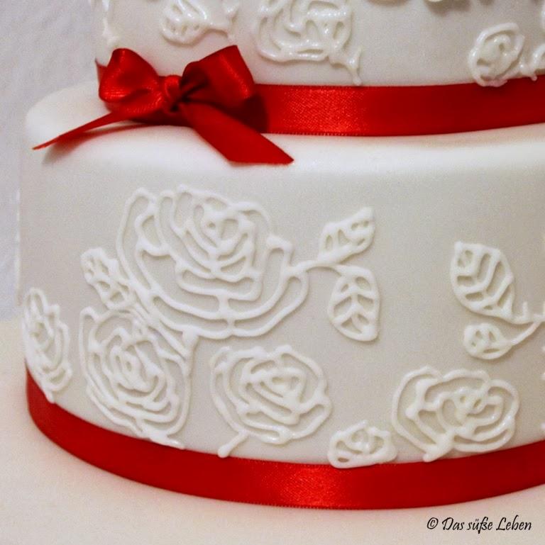 Rezept Kleine Hochzeitstorte In Rot Weiss Das Susse Leben
