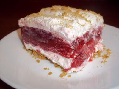 The Daily Smash Strawberry Graham Dessert