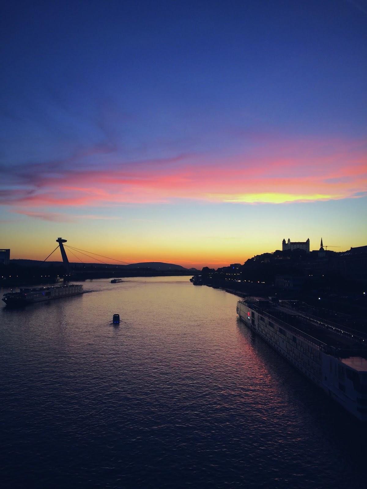 31e58842e v týchto dňoch je to 8 rokov, čo bývam v Bratislave, a tak tu mám pre vás 8  dôvodov, prečo je super bývať v našom hlavnom meste. Viem, že Bratislava  nikdy ...