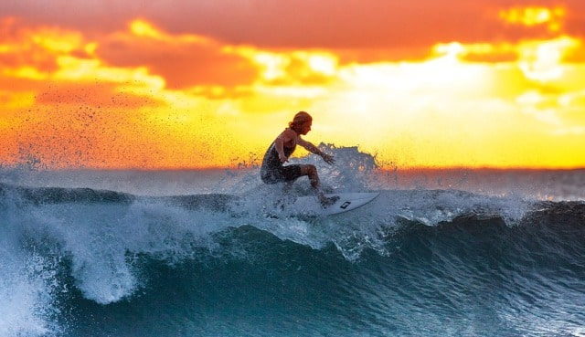 adventure activities to do traveling to australia surfing ocean surfer
