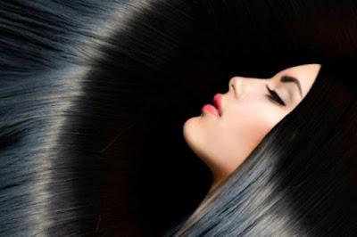 Cara Membuat Rambut Berkilau dan Lembut