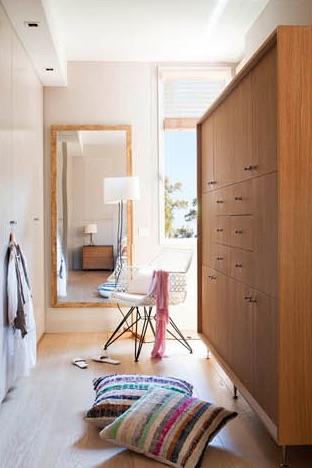 vestidor en madera de roble chicanddeco