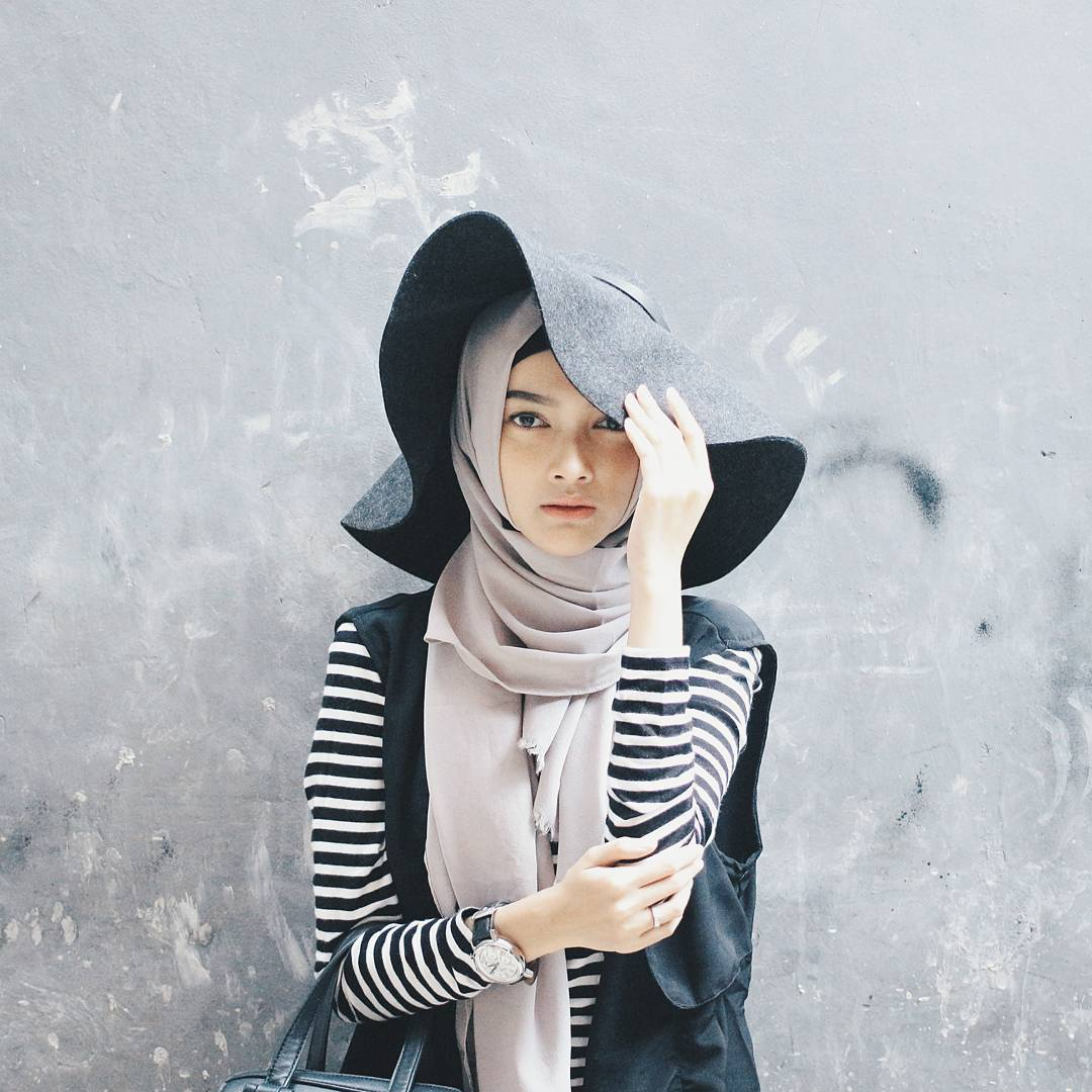 45 Model Hijab Terbaru 2018 Simple Modern Elegan
