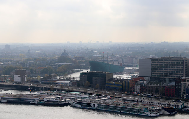 Euroopan korkein keinu sijaitsee Amsterdamissa 15
