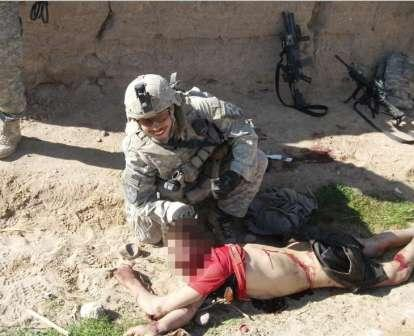 """Terrorismo con """"cara humana"""": La historia de los escuadrones de la muerte de EE.UU."""