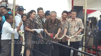 Menteri PUPR Meresmikan Rumah Apung Tambaklorok Semarang